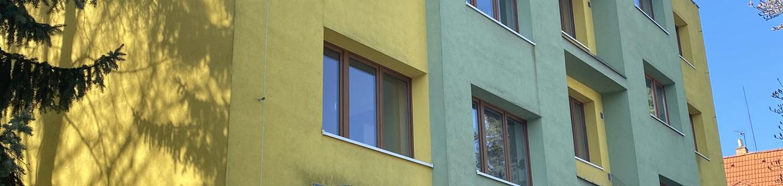 Ukázka realizace - Mytí fasády bytových domů v Praze