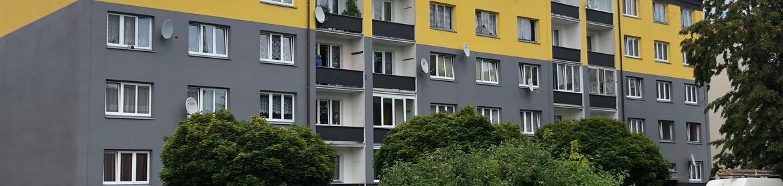 Ukázka realizace - Nátěr fasády panelového domu v Chebu